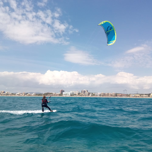 RENT A KITESURF IN MALLORCA